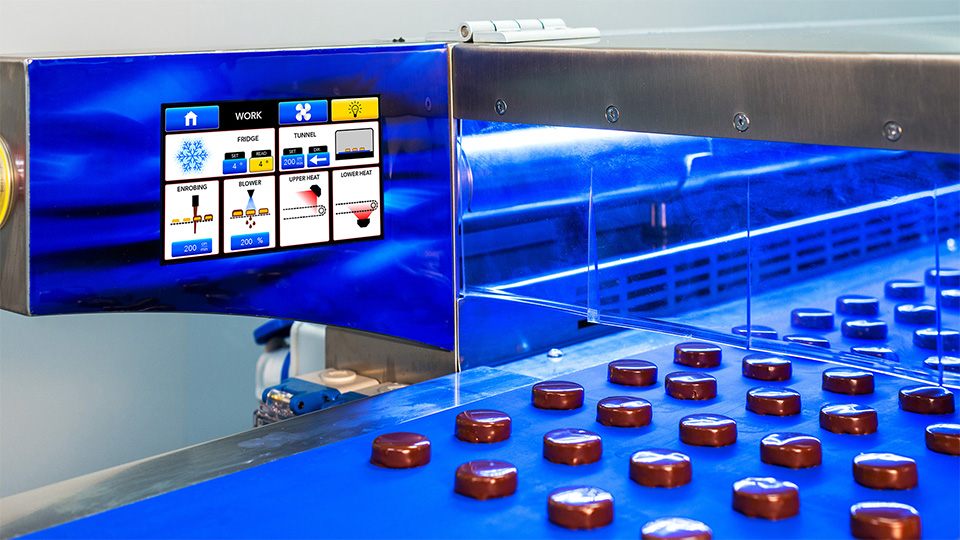 Chocolate coating line: animated touch screen command panel